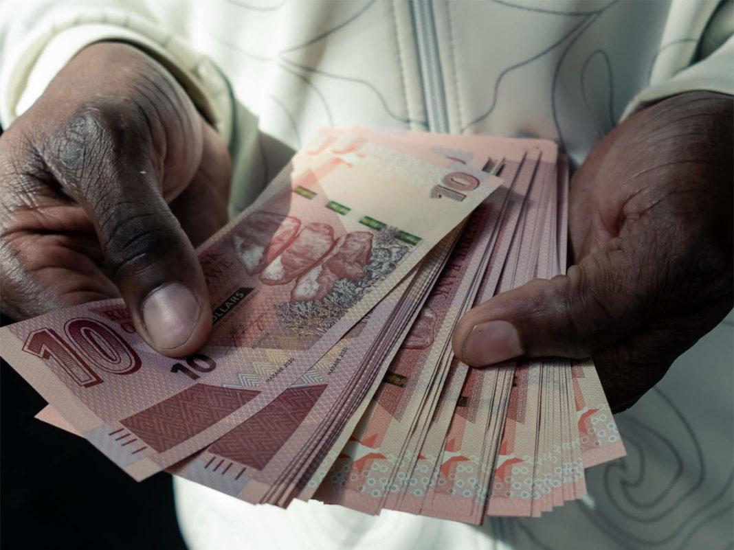 Zimbabwe bans mobile money